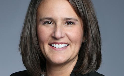 Lisa McCracken headshot