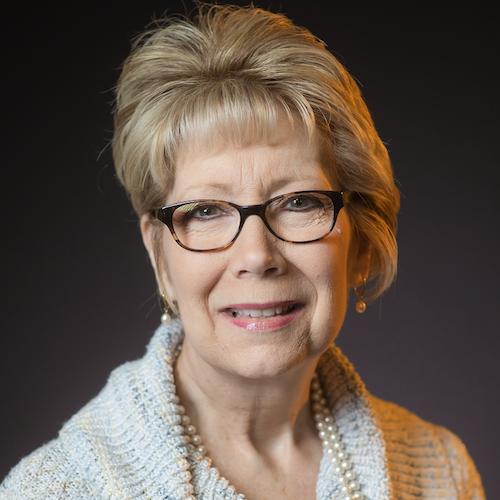 Kathy Lowe headshot