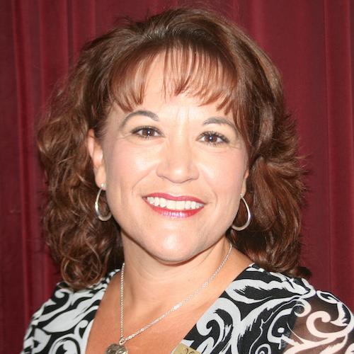 Suzanne Burtzlaff headshot